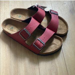 NIB Birkenstock Arizona Vegan Bordeaux Sandals